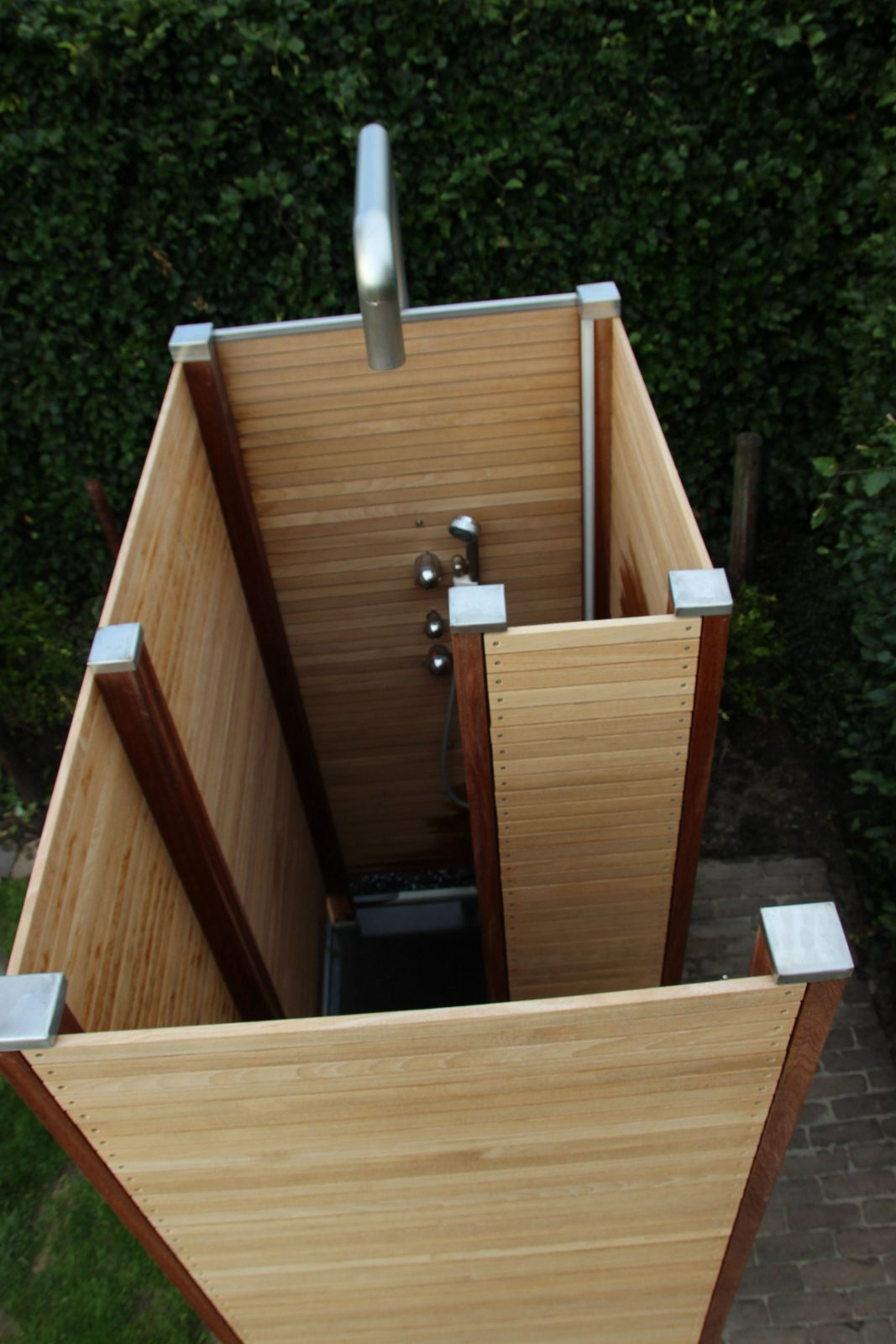 Outside Shower Buitendouche Diy  Aguacero  Pinterest von Sichtschutz Für Duschen Im Freien Photo