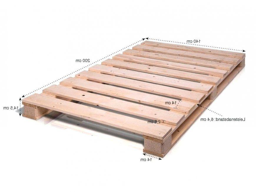 Palettenbett Bauen Anleitung Mit Holzbett 140 200 Andaluciapeople von Europaletten Bett Bauen 140X200 Bild