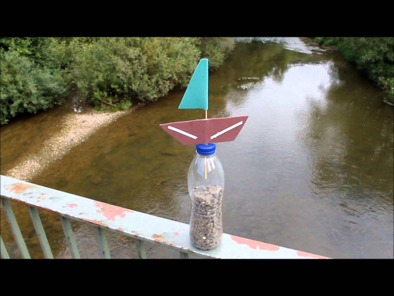 Pet Flaschen Boot Boot Mit Kindern Bauen  Youtube von Boote Basteln Mit Kindern Bild