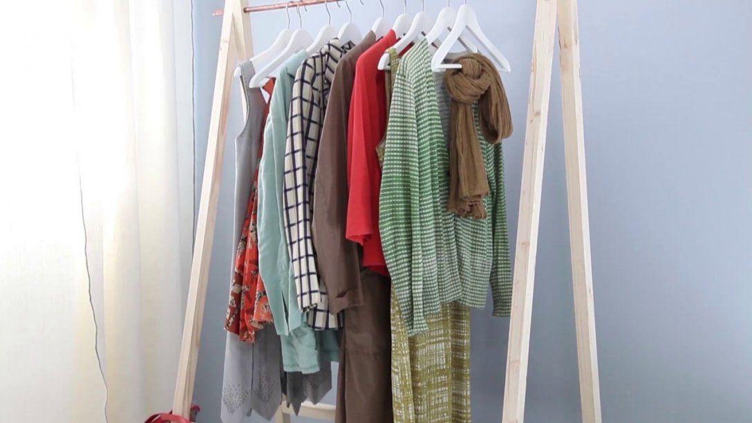 Project Tutorial Kleiderstange Selber Bauen  Youtube von Garderobenständer Holz Selber Bauen Photo