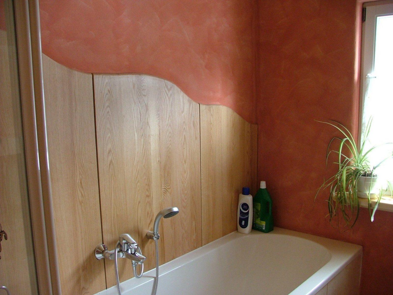 Putz Im Badezimmer Wand Von Wasserabweisende Farbe Für Dusche Photo