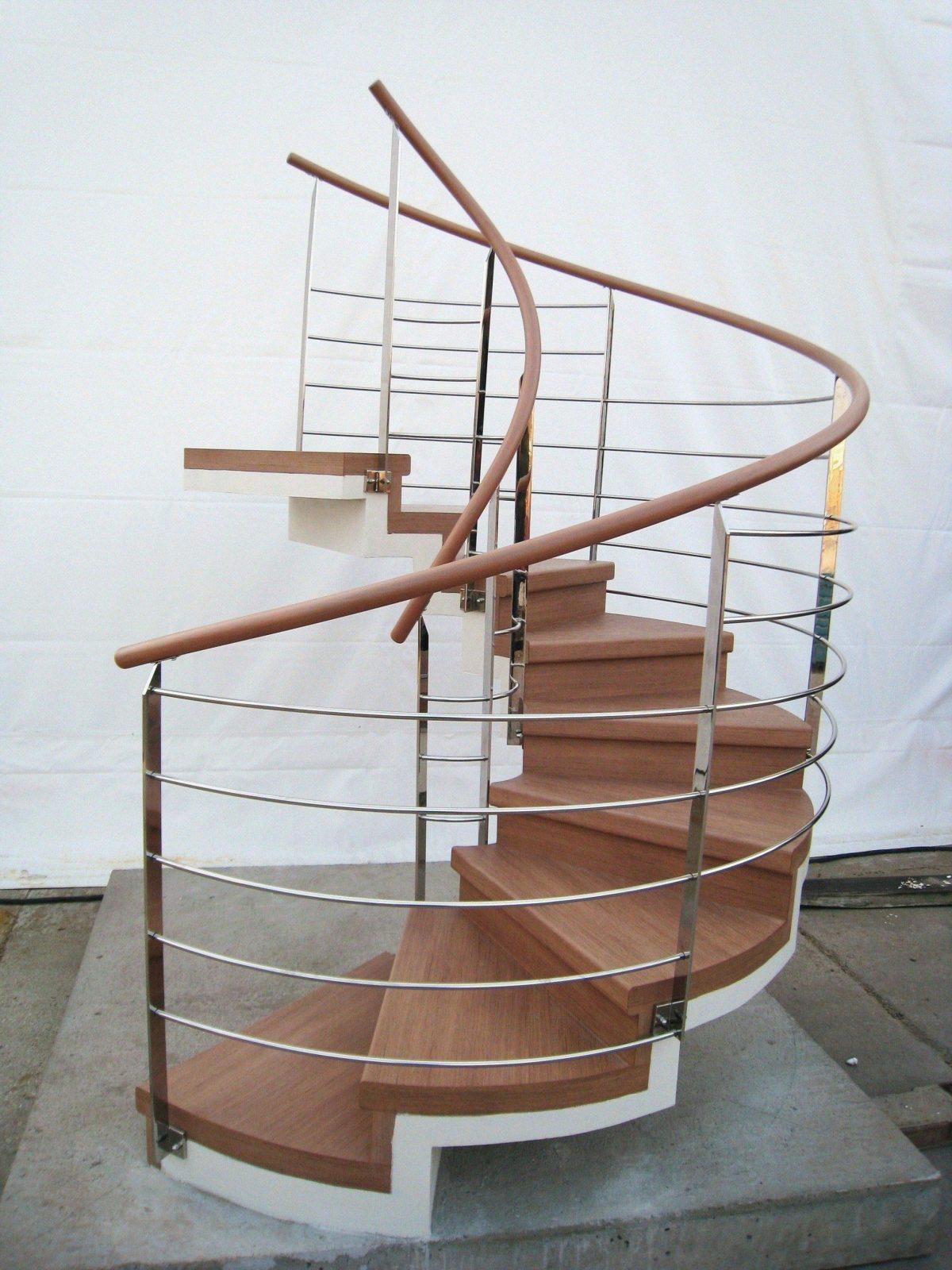 Rampe Fur Treppe Rampen Bauen Treppenstufen Fahrradrampe Treppenhaus von Treppe Rampe Selber Bauen Bild