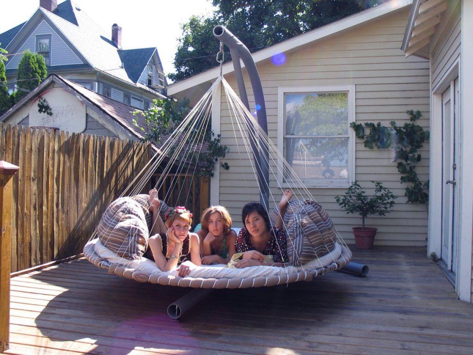 Round Rattan Swing Bed  Chocoaddicts  Chocoaddicts von Round Rattan Swing Bed Photo