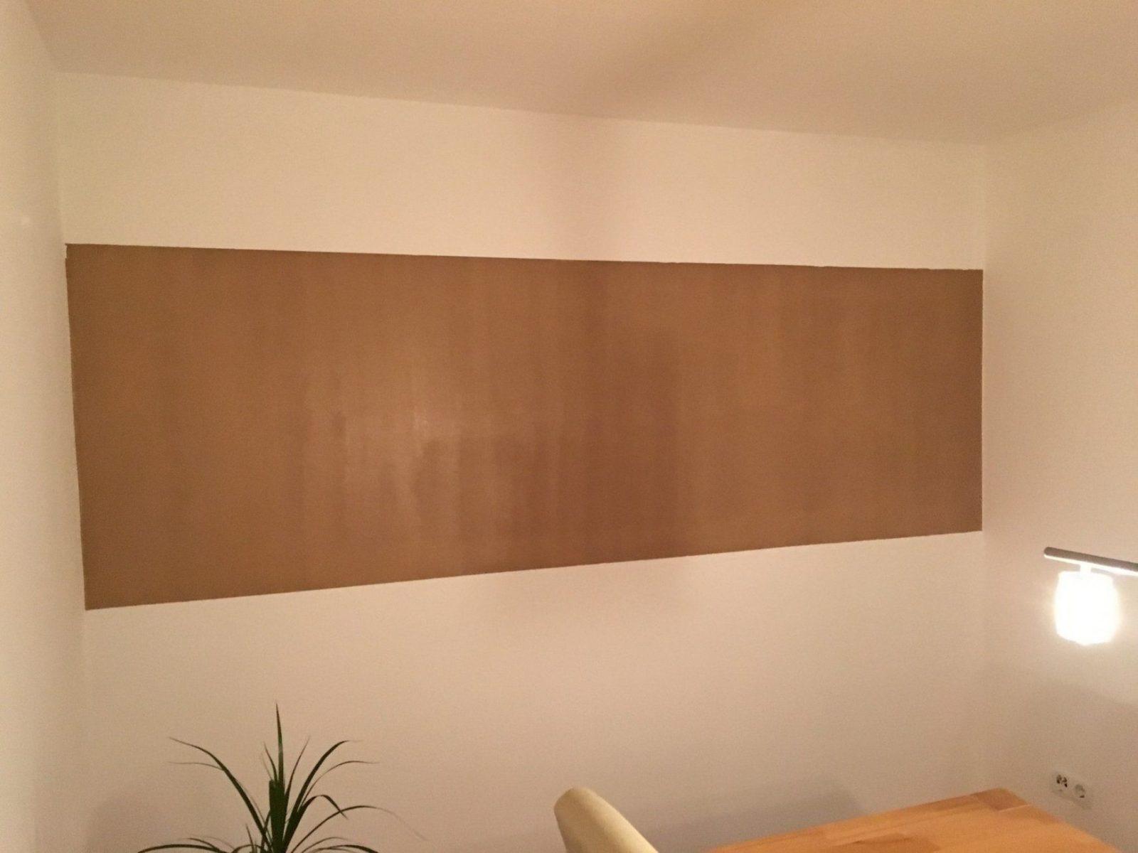 Saubere Kanten Bei Zweifarbiger Wand Streichen  So Geht Es von Wand Farbig Streichen Rand Lassen Bild