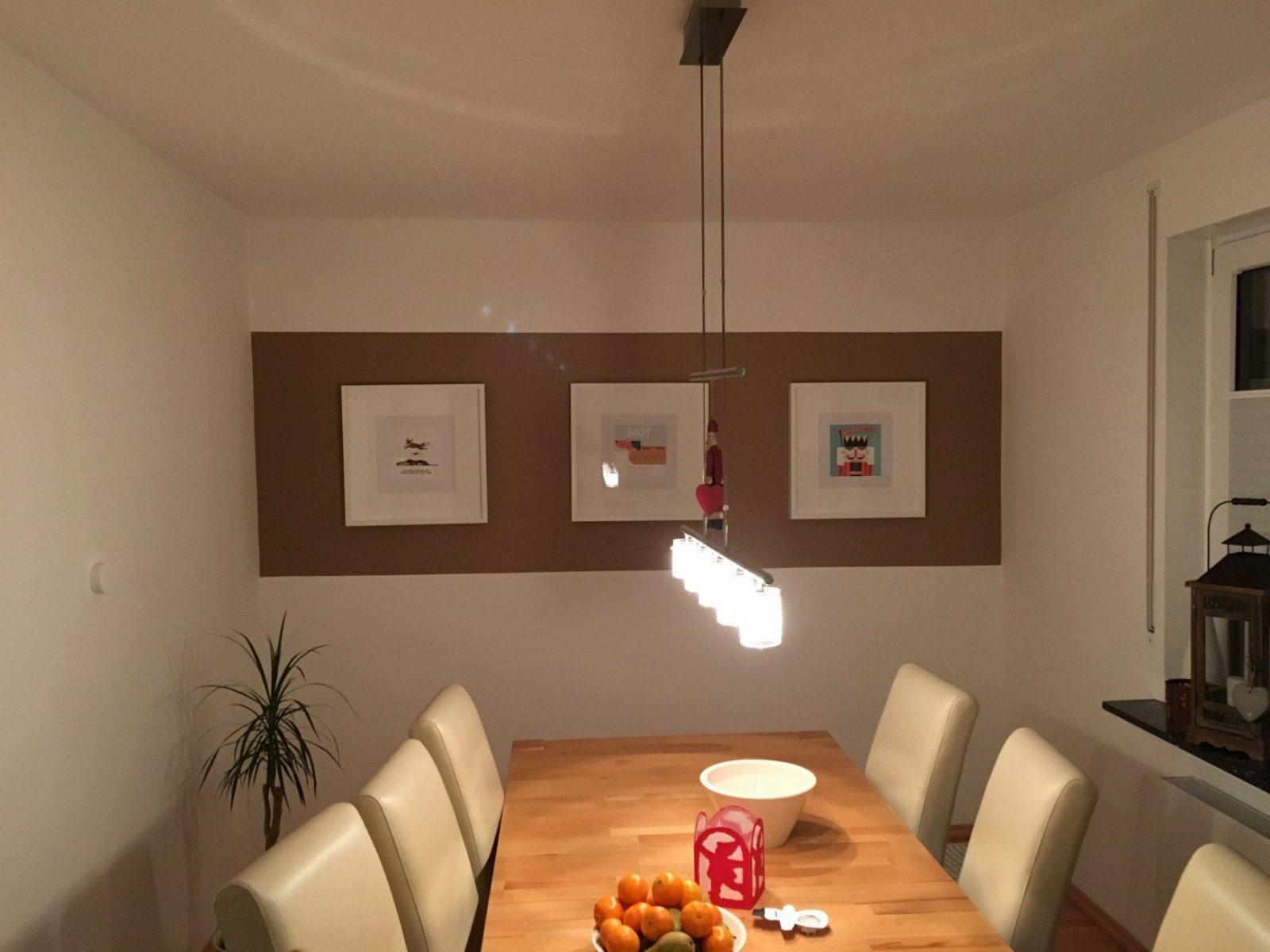 Saubere Kanten Bei Zweifarbiger Wand Streichen  So Geht Es von Wand Streichen Mit Streifen Photo
