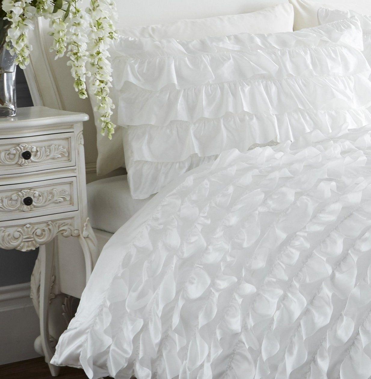 Schick Bettwäsche Weiss Taupe  Bettwäsche Ideen von Rüschen Bettwäsche Weiß Photo