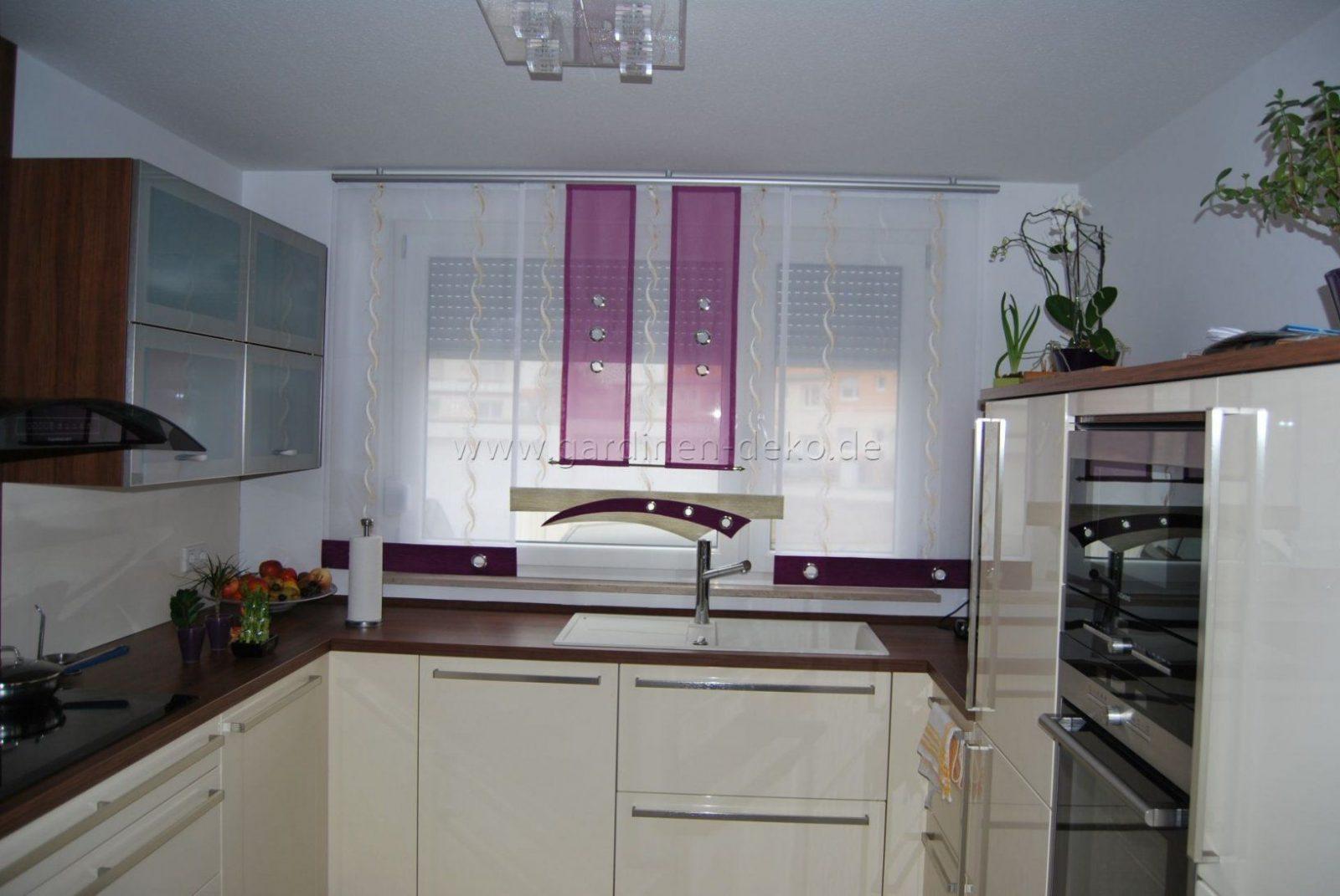 Schiebevorhang Für Die Küche In Weiß Lila Und Beige Mit von Gardinen Lila Weiß Bild