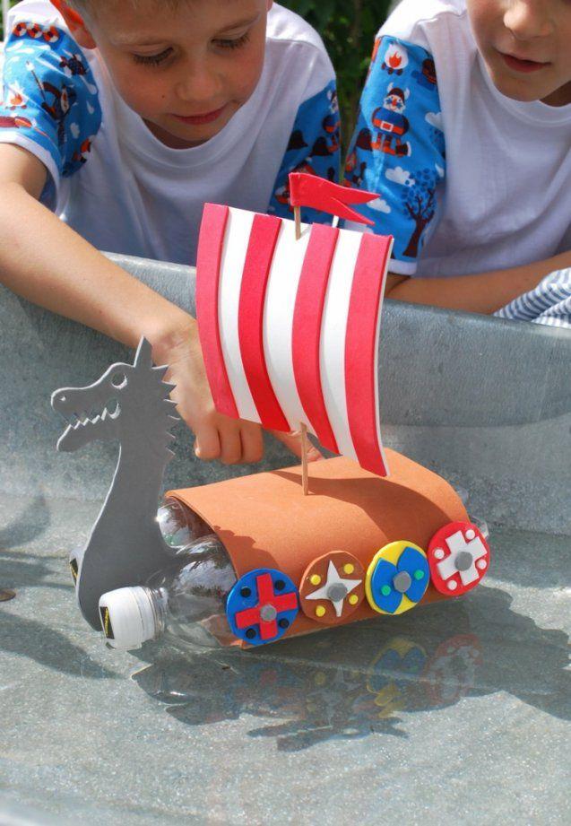 Schiffe Basteln Mit Kindern  17 Kreative Und Sommerliche Bastelideen von Boote Basteln Mit Kindern Photo