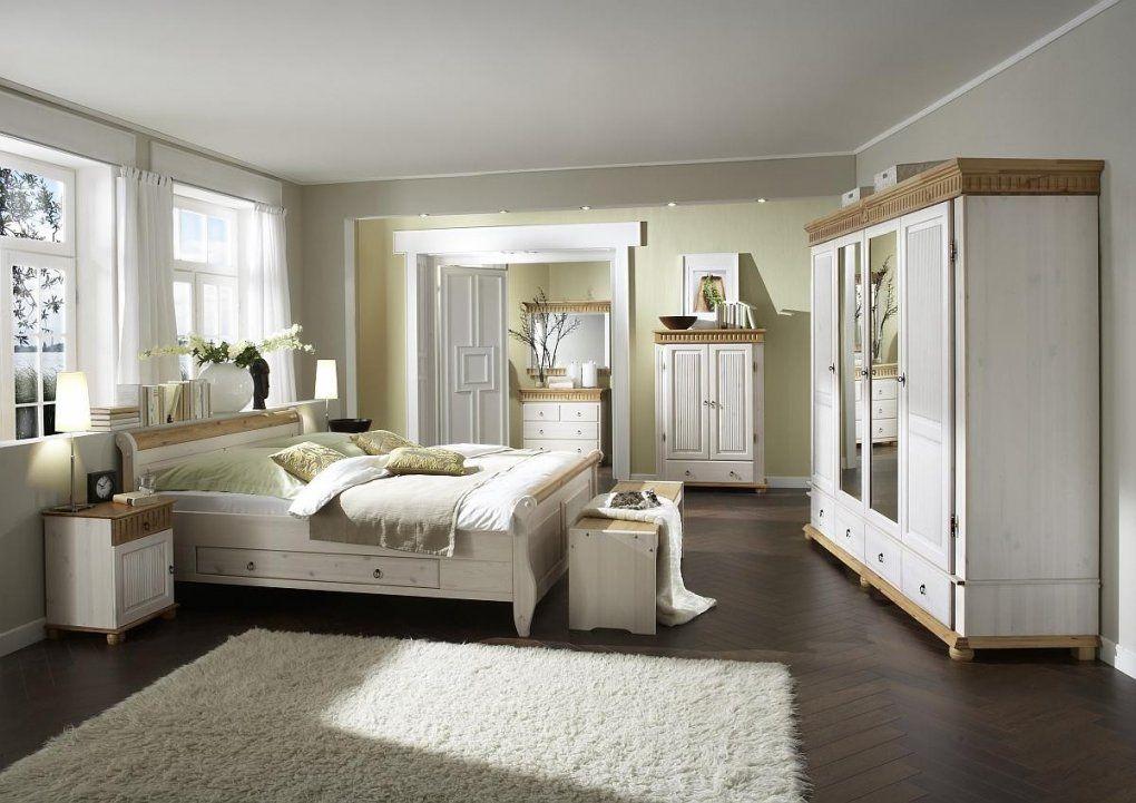 Schlafzimmer Einrichten Landhausstil  Imagenesdesalud von Schlafzimmer In Weiß Einrichten Bild