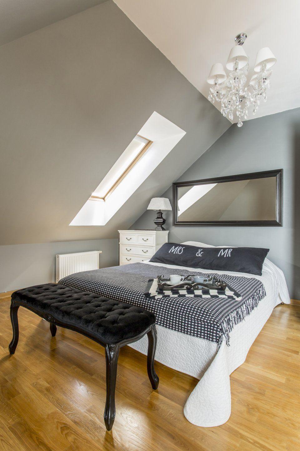 Schlafzimmer Ideen Mit Dachschräge  Ocaccept von Schlafzimmer Ideen Schräge Wände Bild