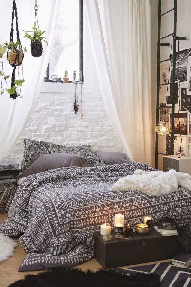 Schlafzimmer In Boho Chic Und Schwarzweiße Bettwäsche  House von Home Ideas Bettwäsche Photo