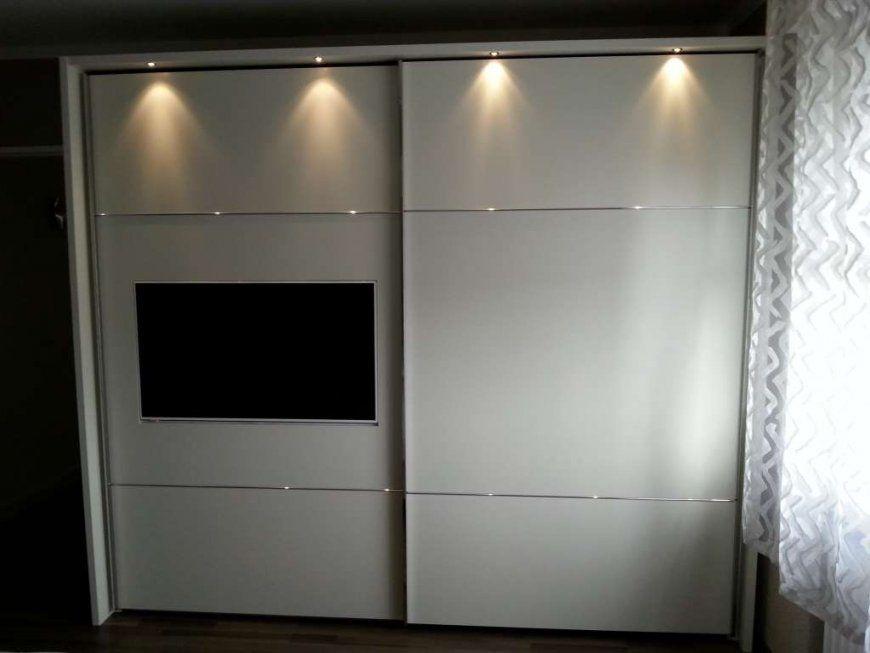 Schlafzimmer Kleiderschrank Mit Tv Fach Integriert Kombination von Kleiderschrank Mit Tv Aussparung Bild