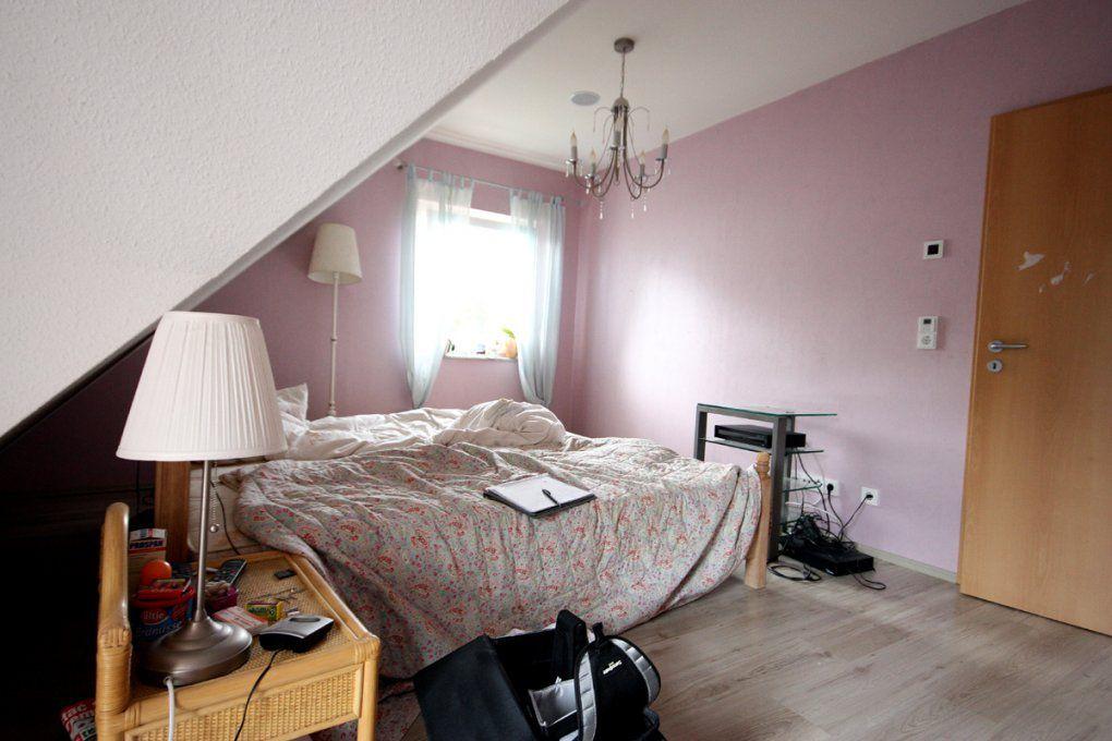 Schlafzimmer Mit Dachschräge Farblich Gestalten  Imagenesdesalud von Schlafzimmer Mit Dachschräge Farblich Gestalten Bild