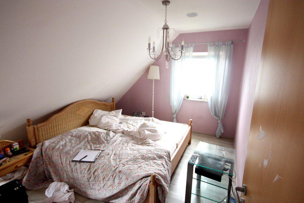 Schlafzimmer Wunderbar Schlafzimmer Mit Schräge Vorstellung Hohe von Schräge Wände Streichen Ideen Bild