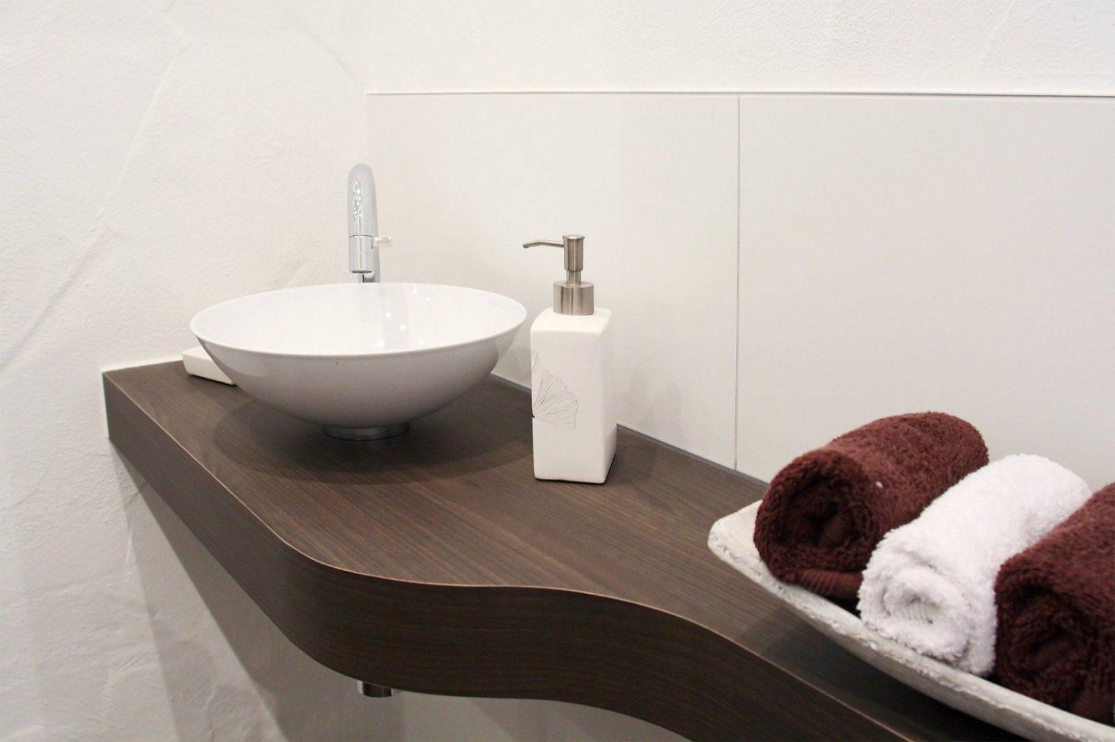 Schön Kleine Waschbecken Für Gäste Wc Für Waschbecken Mit von Villeroy Boch Gäste Wc Bild