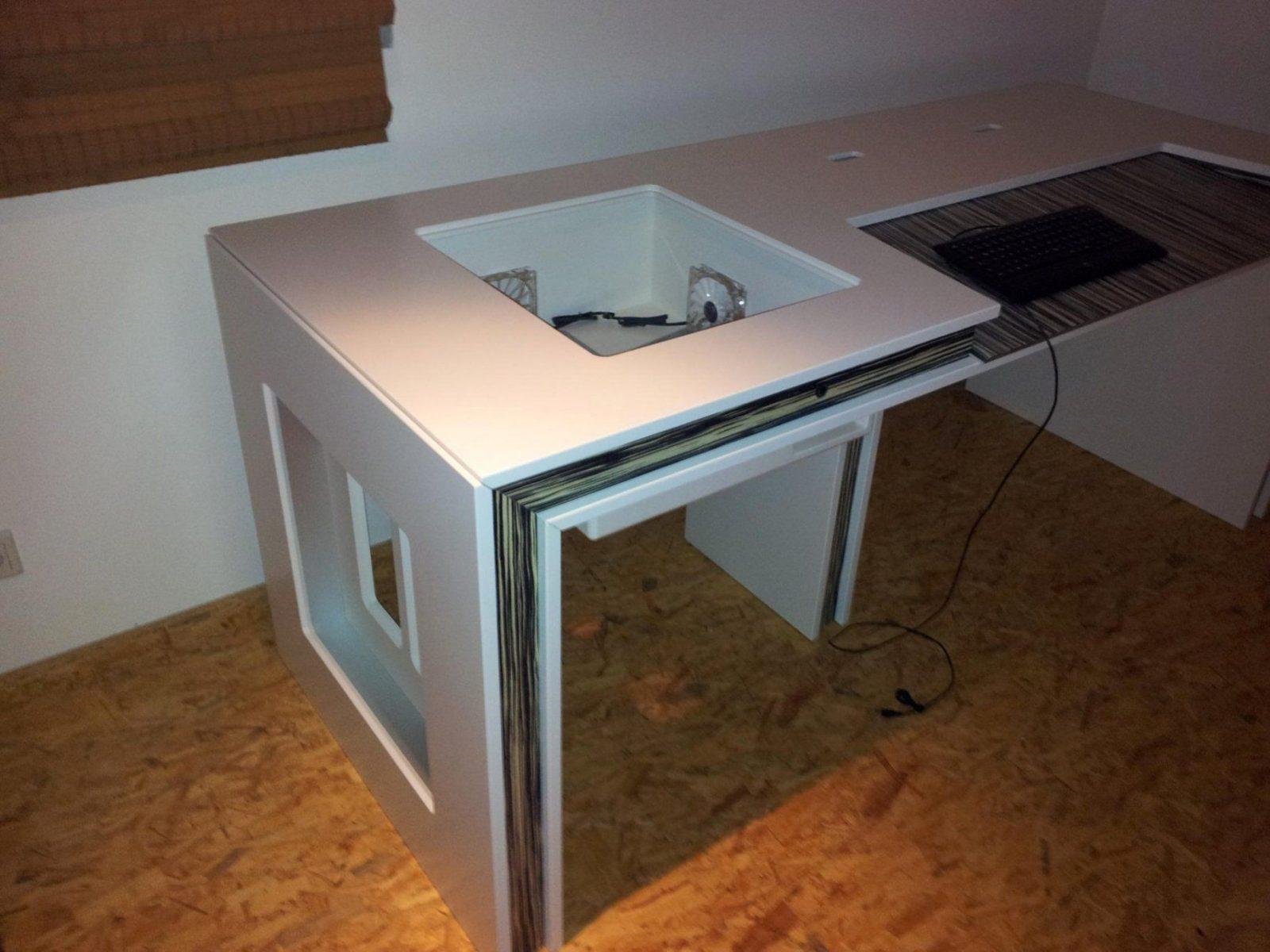 Schön Selbst Gebauter Puter Tisch Pc Im Tisch Puterbase Forum Für Pc von Pc Im Tisch Selber Bauen Bild