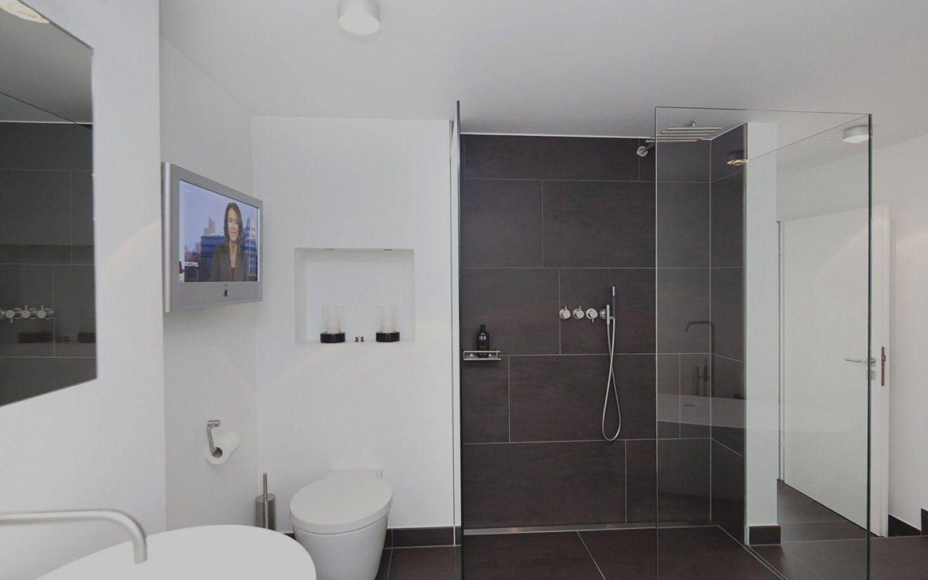 Schöne Bad Fliesen Grau Weiss Badezimmer Modern Wei Design Von Bad Grau  Weiß Gefliest Bild