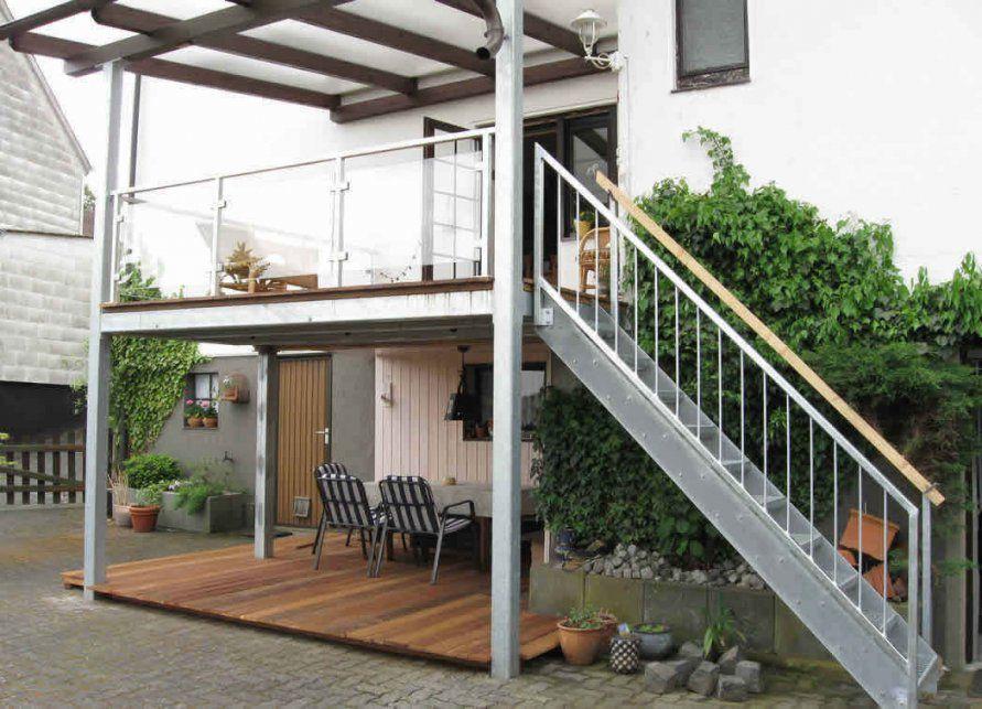 Schöne Heimat Innenarchitektur  Kühles Balkon Treppe Holz Selber von Balkon Aus Holz Selber Bauen Bild