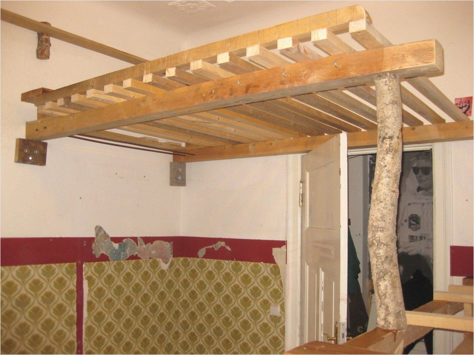 Schöne Hochbett Holz Selber Bauen Qn84 Hitoiro Hochbett Selber Avec von Hochbett Selber Bauen Altbau Photo