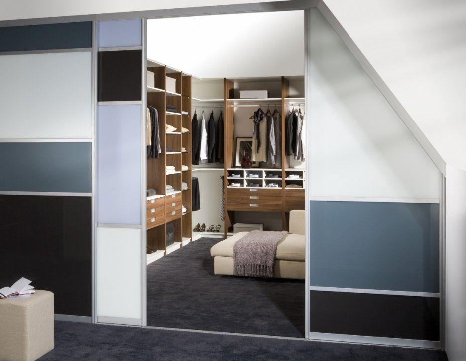 Schöne Kleiderschrank Mit Vorhang Vorhang Englisch Luxus Begehbarer von Begehbarer Kleiderschrank Mit Vorhang Photo