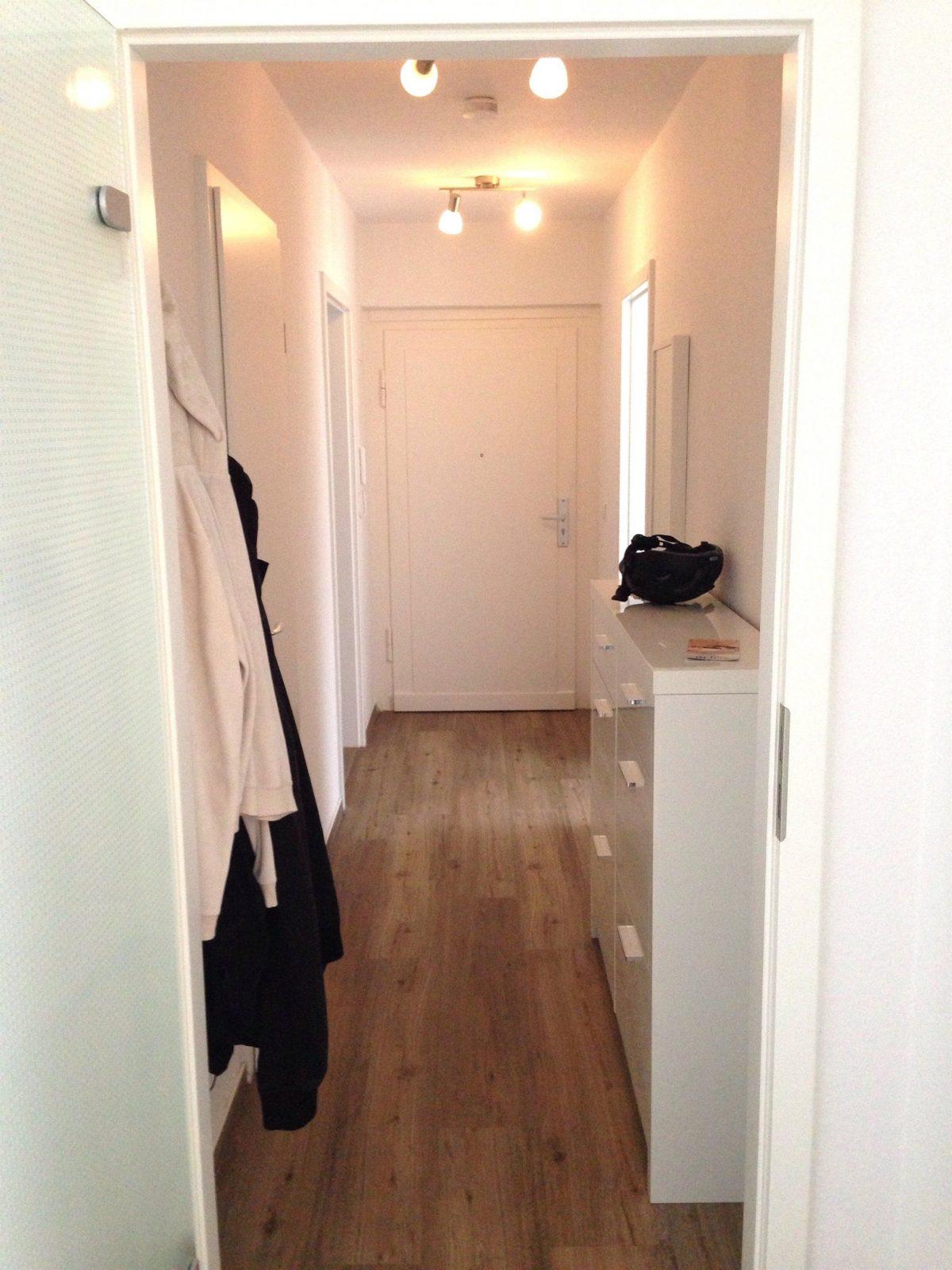 sch ne schmaler schrank flur beeindruckende ideen schmaler flur von ideen f r schmalen flur. Black Bedroom Furniture Sets. Home Design Ideas