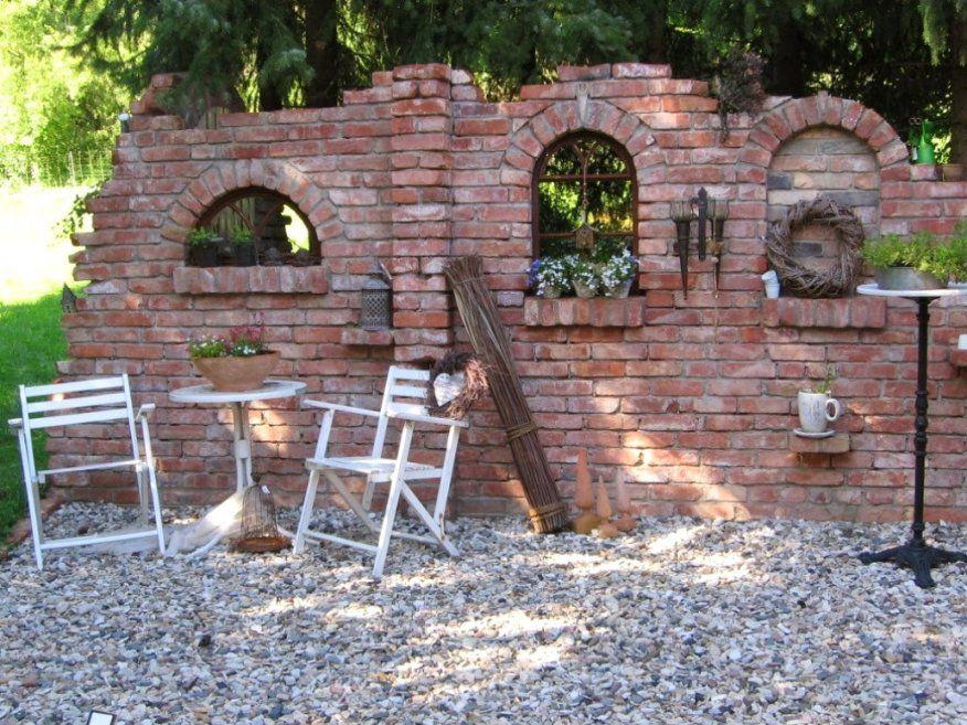 Schöne Steinmauern Garten Backofen Im Garten Holzofen Steinofen Avec von Steinmauern Im Garten Selber Bauen Bild