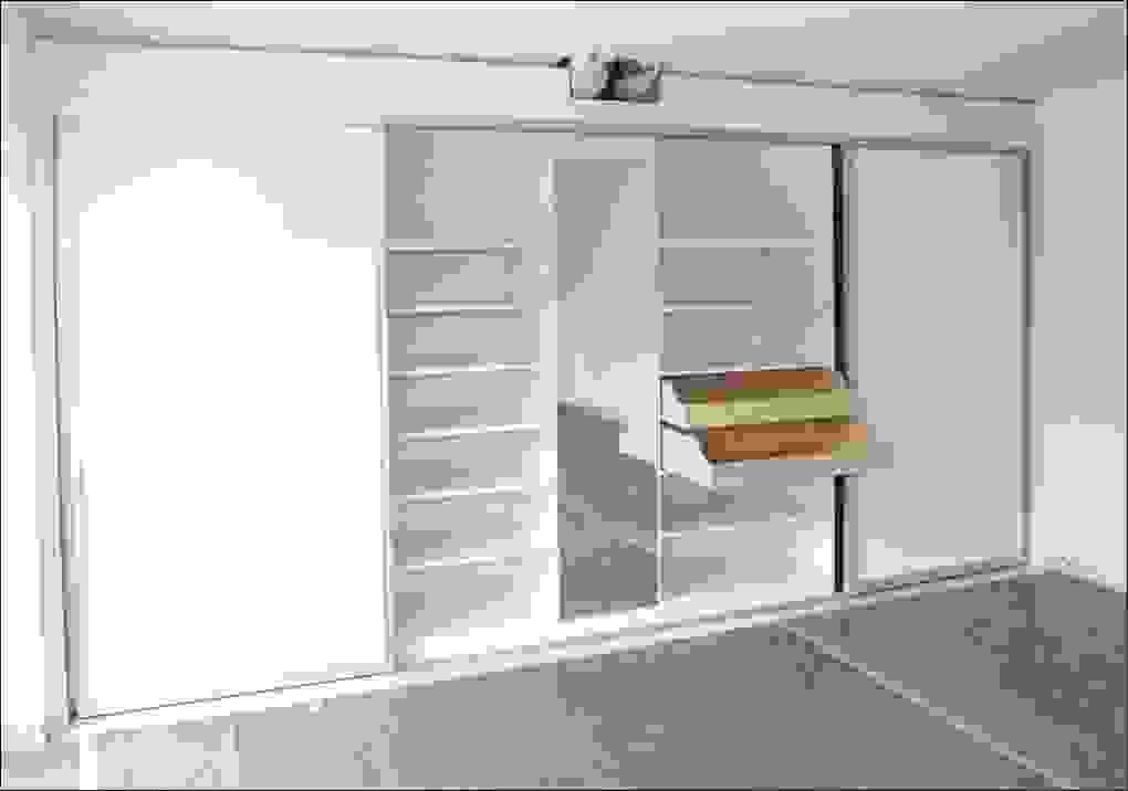 Schrank Mit Schiebeturen Kleiderschrank Weia Hochglanz Schiebeta 1 von Wandschrank Selber Bauen Schiebetüren Photo