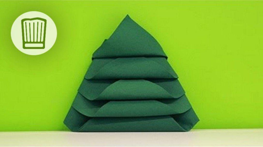 Servietten Falten  Der Tannenbaum  Tischdeko Zu Weihnachten von Serviette Als Tannenbaum Falten Bild