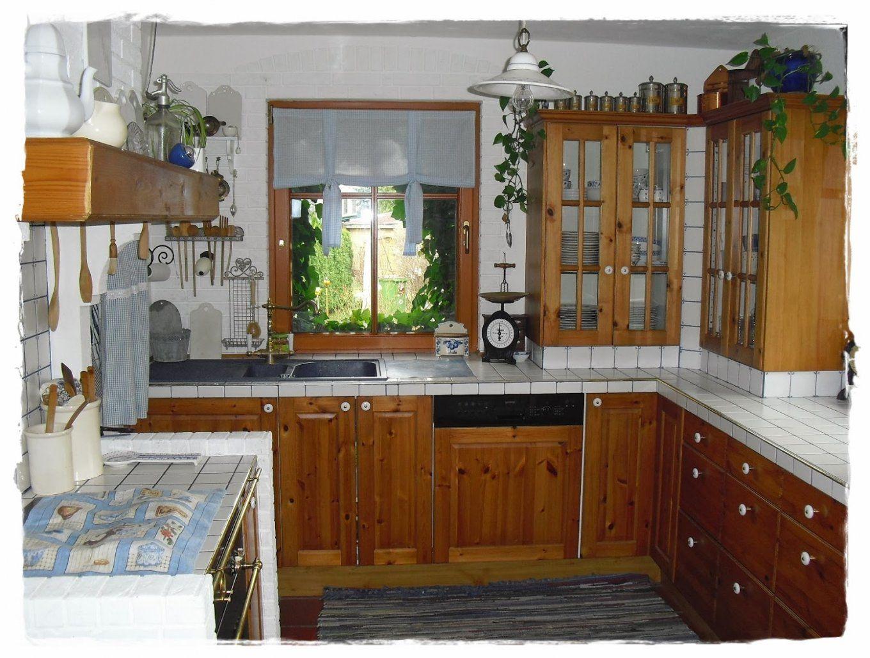 Shabby Landhaus Vorhernachherkücheesszimmer von Küche Eiche Rustikal Streichen Bild
