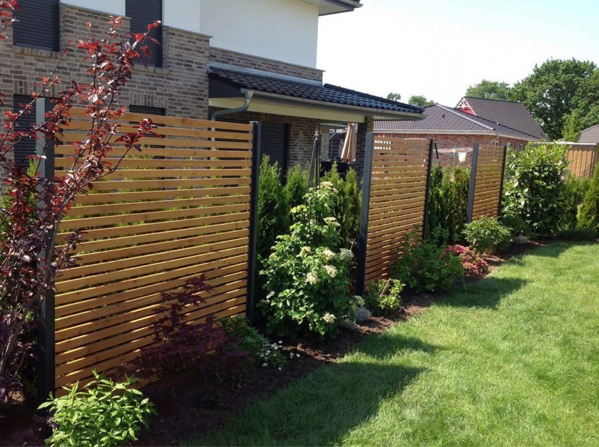 Sichtschutz Modern Design Performal Best Garten Ideen  Midcentury von Sichtschutz Garten Holz Modern Bild