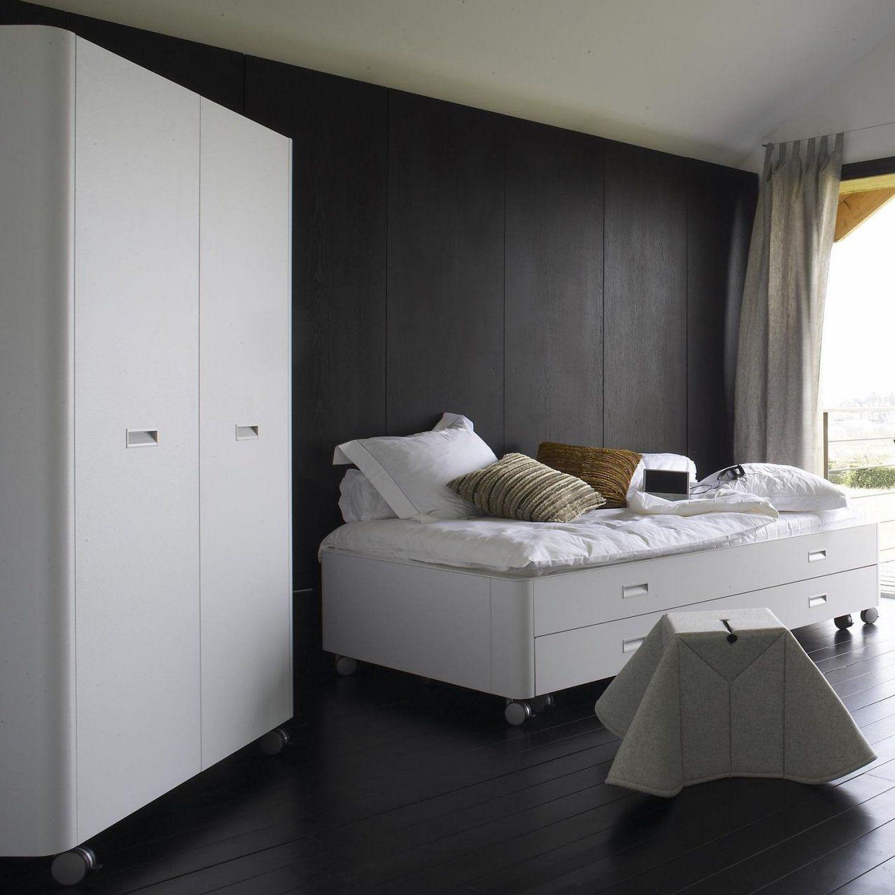 Single Bed  Contemporary  On Casters  With Drawer  Travel Studio von Ligne Roset Travel Studio Photo