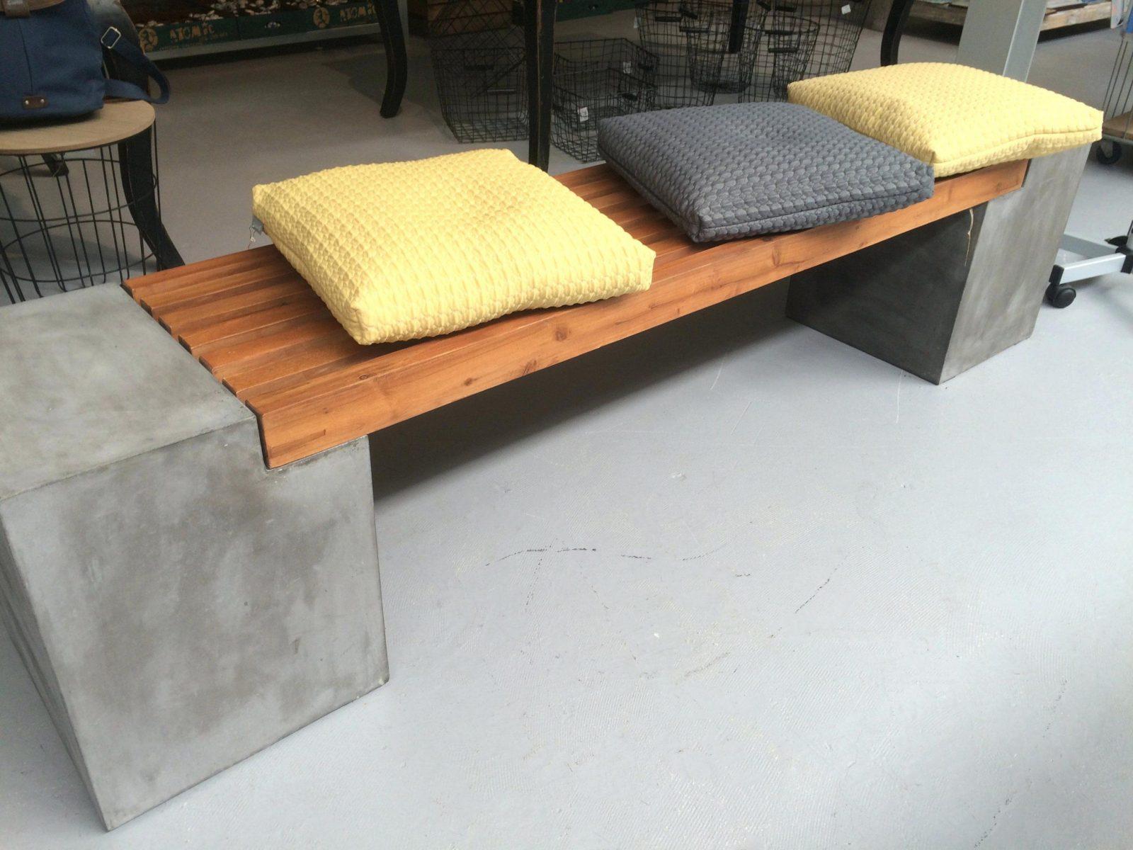 Garten sitzbank selber bauen haus design ideen for Sitzbank lehne selber bauen