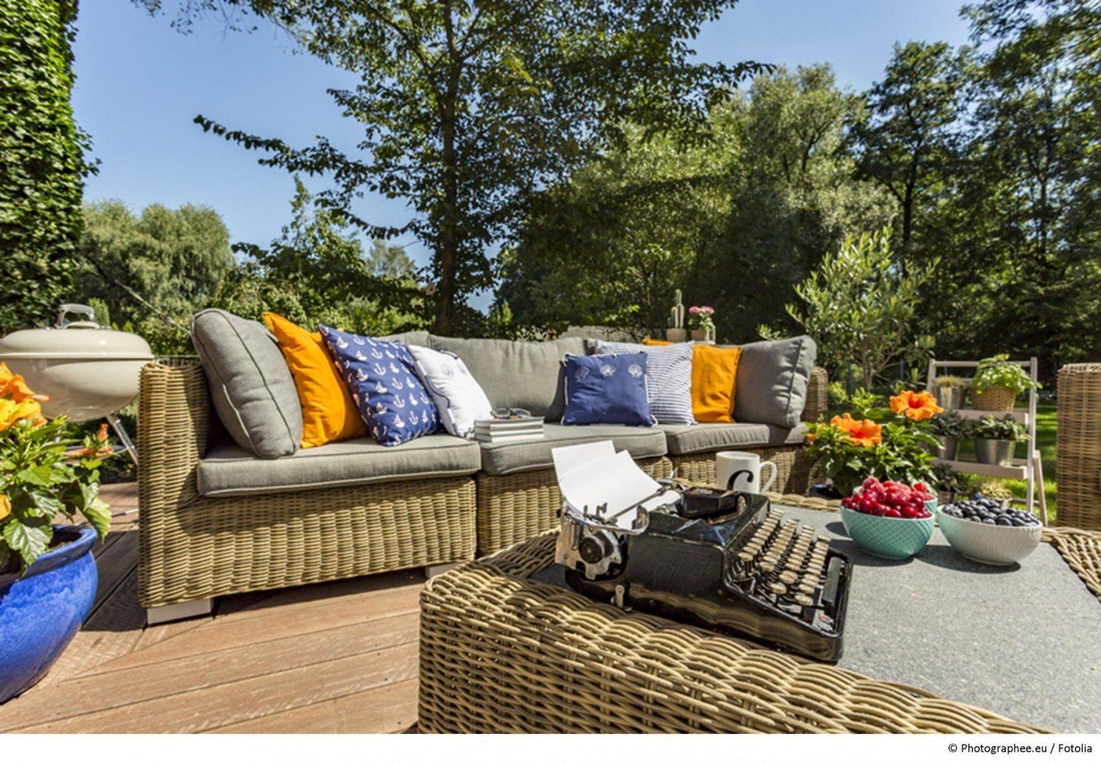 Sitzecken Im Garten  Machen Sie Es Sich Im Grünen Gemütlich von Sitzecken Im Garten Bilder Bild