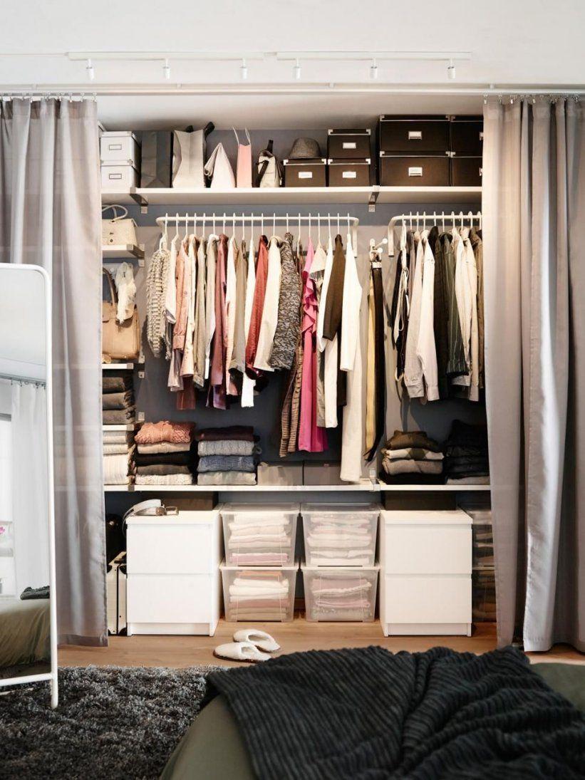 Small Space Decorating Don'ts  Einfache Vorhänge Kleiderstange Und von Kleiderschrank Ideen Kleines Zimmer Bild