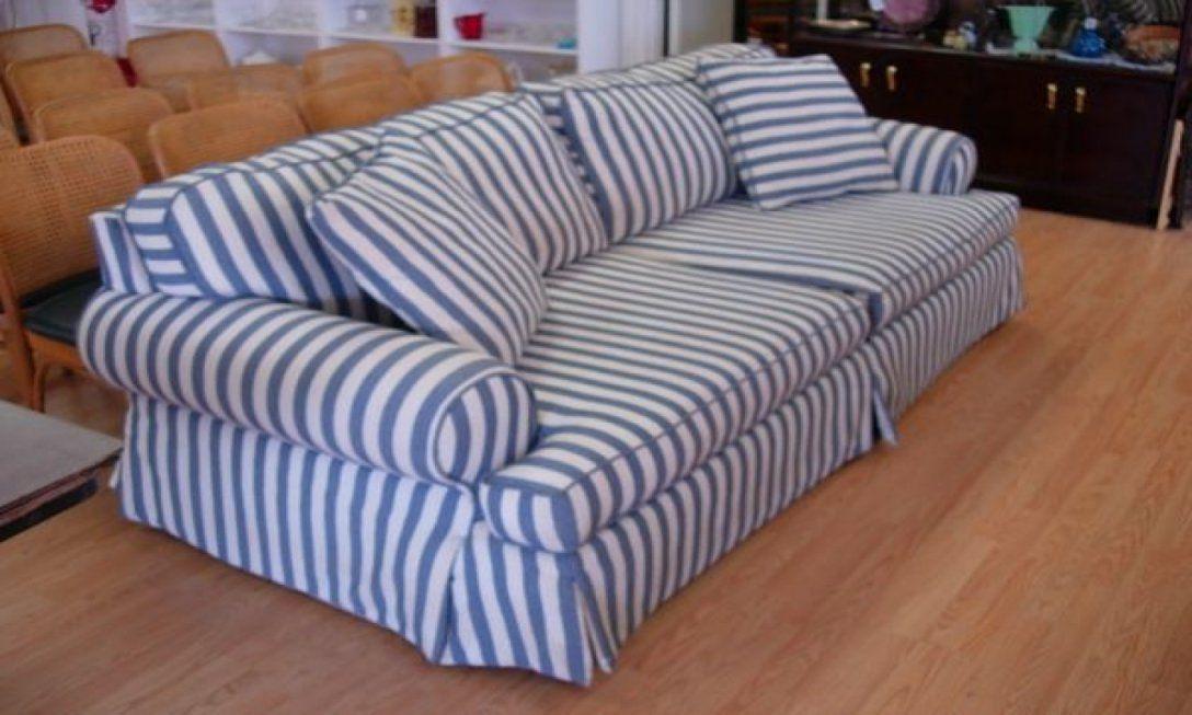 Sofa Design  Faszinierend Blau Weiß Gestreifte Stoffcouch Blaues von Schlafsofa Blau Weiß Gestreift Photo