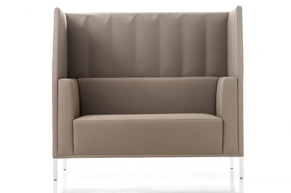 Sofa Mit Hoher Rückenlehne Für Besprechungsbereiche  Idfdesign von Sofa Mit Hoher Lehne Bild