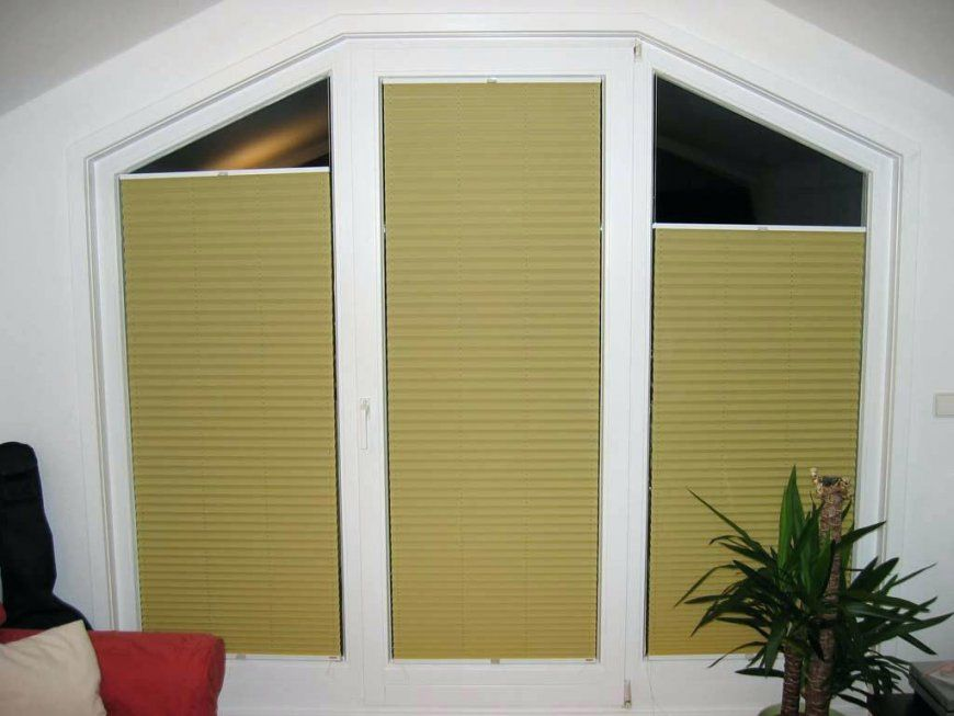 Sonnenschutz Dreiecksfenster Rollos Fur Fenster Lichtblick Thermo von Sonnenschutz Fenster Innen Ohne Bohren Bild