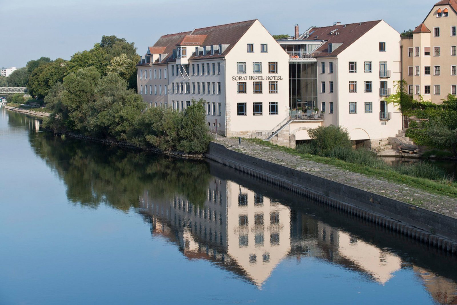 Sorat Inselhotel  Regensburg – Great Prices At Hotel Info von Fitness First Regensburg Pfaffenstein Photo