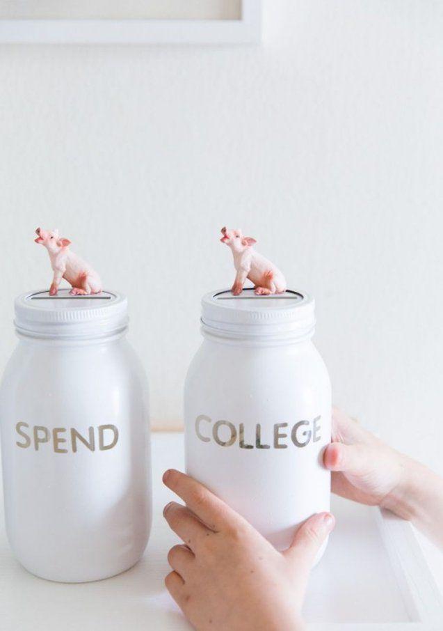 Spardosen Mit Kleinen Schweinfiguren Selber Machen  Diy von Große Spardose Selber Machen Bild