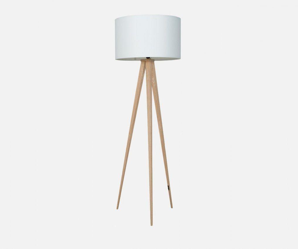 Stehlampe Tripod Wood Weiss von Stehlampe Mit 3 Beinen Bild