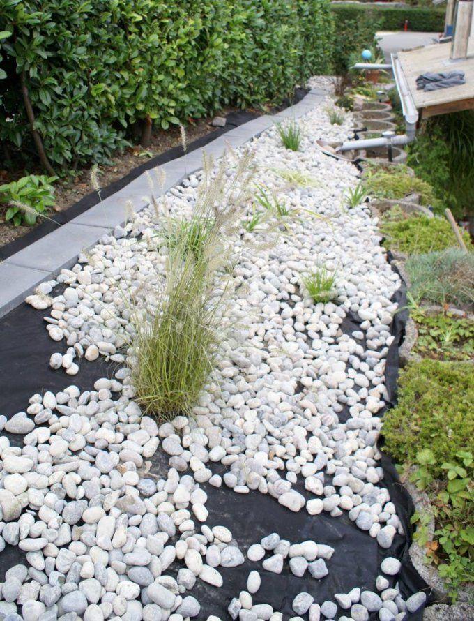 Steinbeet Anlegen Anleitung Pflegetipps Und Bepflanzung  Garten von Hang Anlegen Mit Steinen Bild