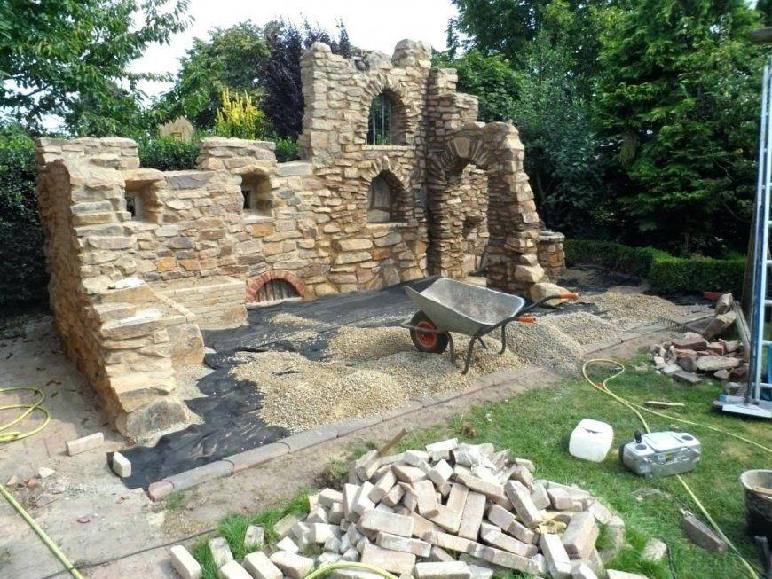 Steinmauer Bauen  Schanes Tolles Garten Gestaltung Deko von Deko Mauer Im Garten Bild