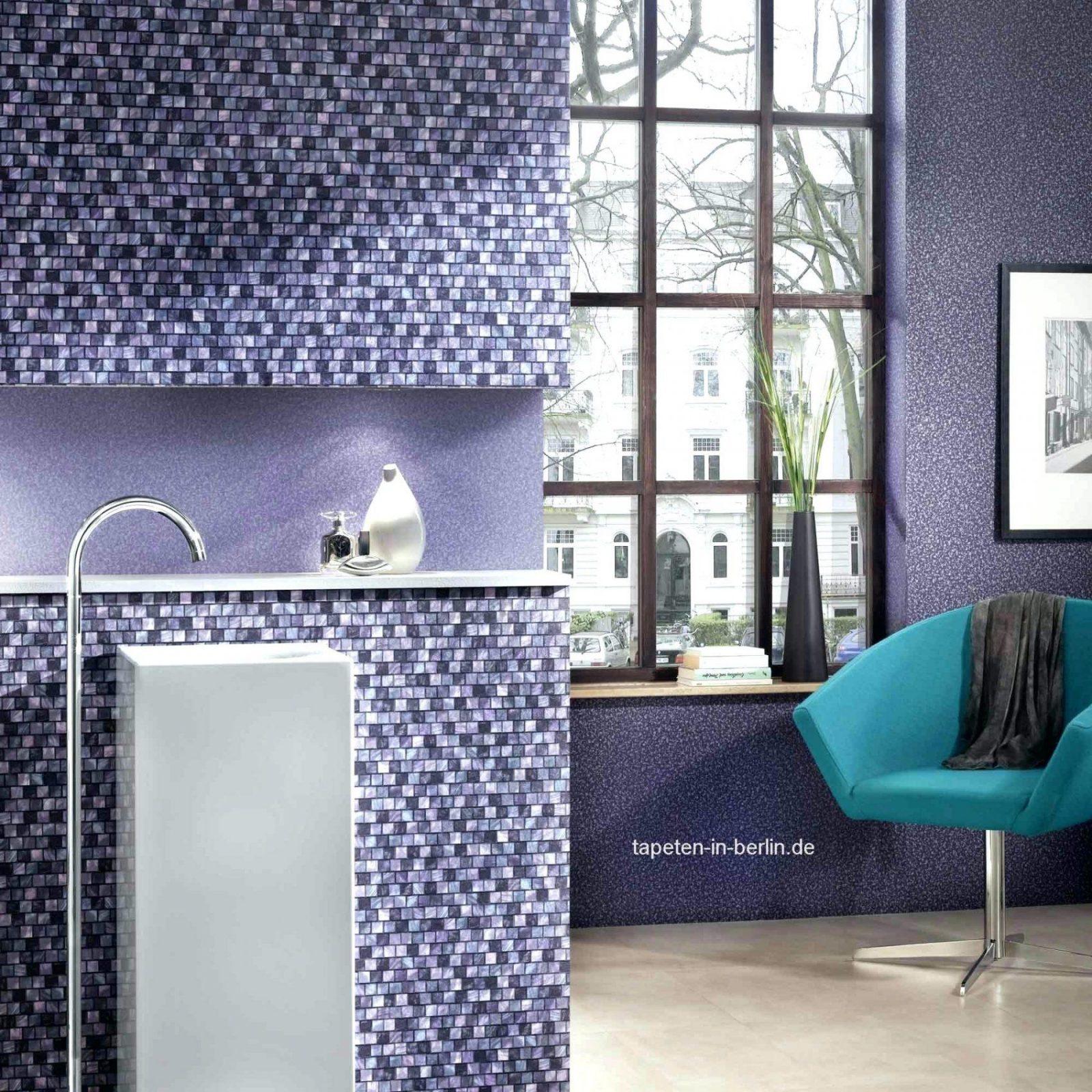 Tapeten lila farbe wandgestaltung haus design ideen for Tapeten in lila