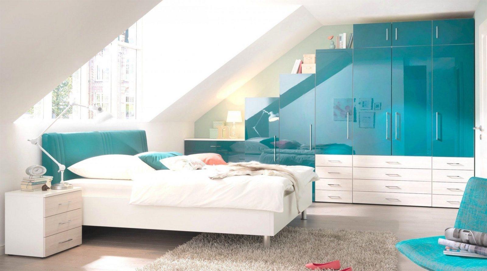 Stilvoll Badezimmer Dachschräge Ideen  Questsc  Questsc von Schräge Wände Streichen Ideen Photo