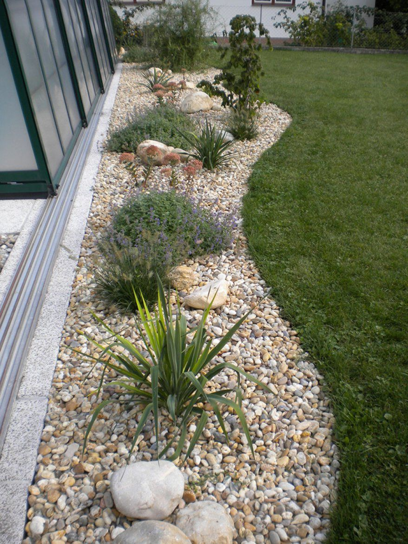 Stilvolle Gartengestaltung Mit Gräsern Und Kies Garten Mit Kies von Gartengestaltung Mit Gräsern Und Kies Bild