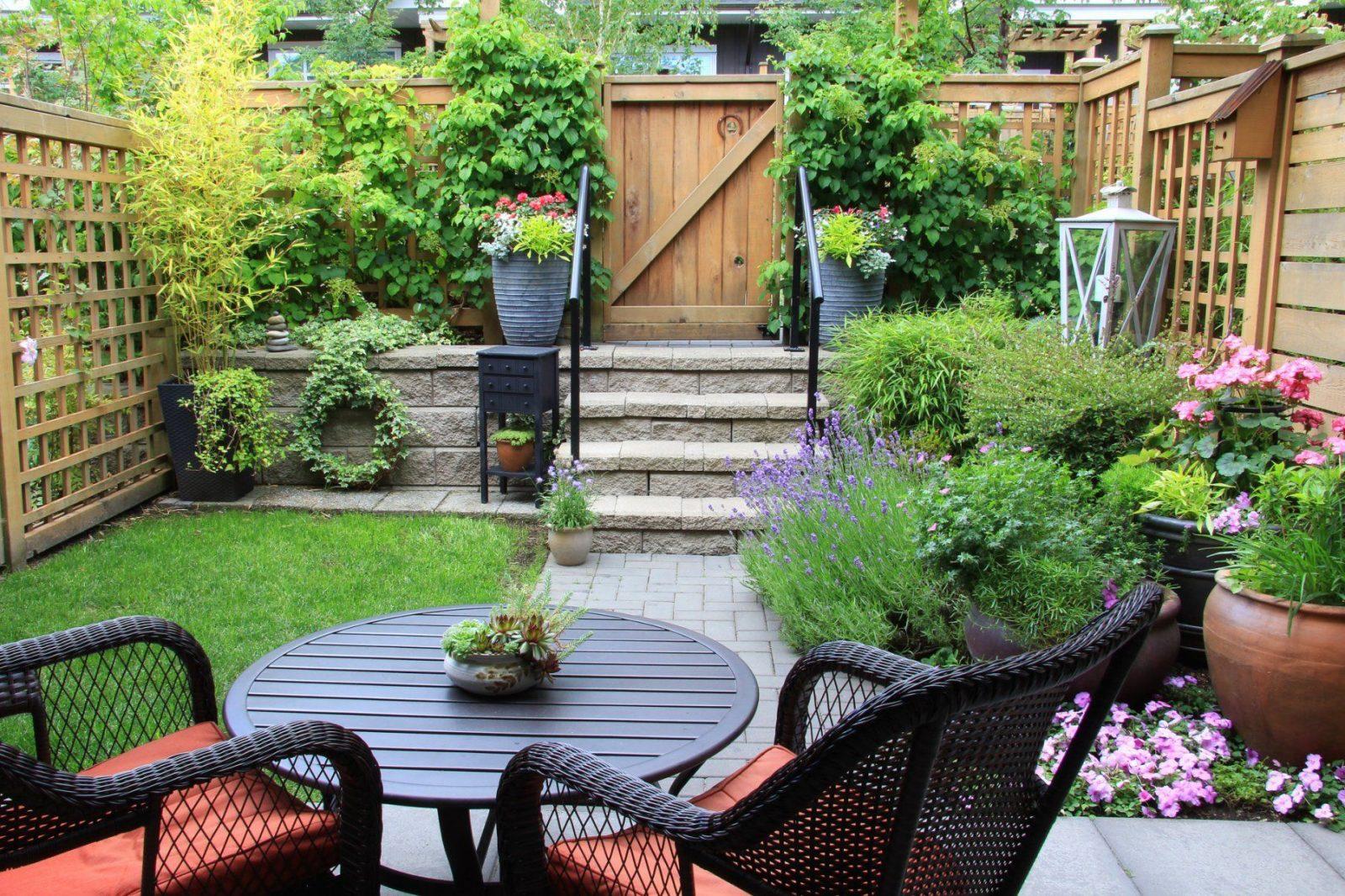 Stilvolle Ideen Für Kleine Reihenhausgärten Gartengestaltung Kleine von Ideen Für Kleine Reihenhausgärten Photo
