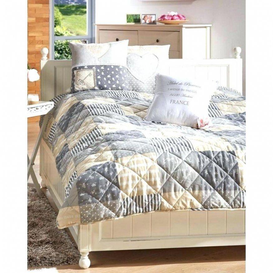bilder von tagesdecken fur betten halblange tagesdecke f r. Black Bedroom Furniture Sets. Home Design Ideas