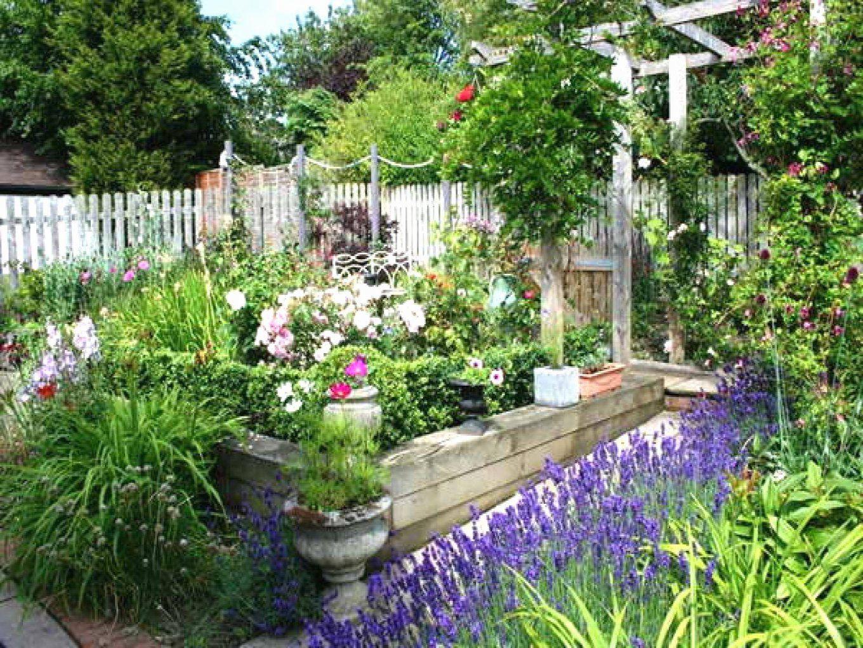 Tolle 40 Garten Gestalten Mit Wenig Geld Ideen Einzigartiger Garten von Garten Gestalten Mit Wenig Geld Photo