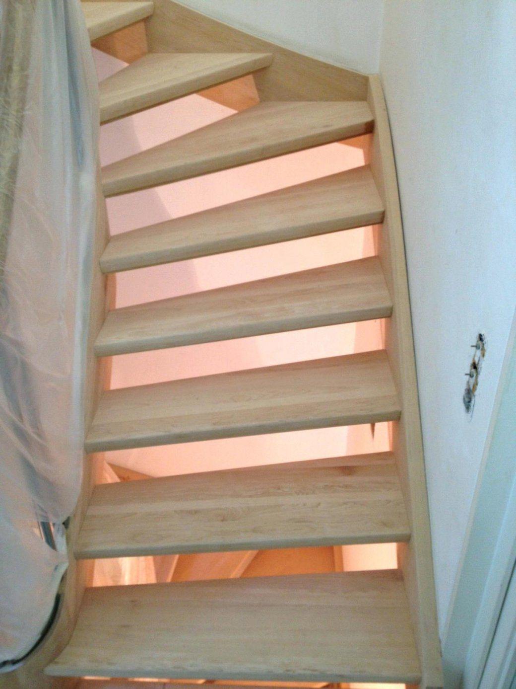 treppe neu streichen best auf der treppe neuen with treppe neu streichen wohndesign schn neue. Black Bedroom Furniture Sets. Home Design Ideas