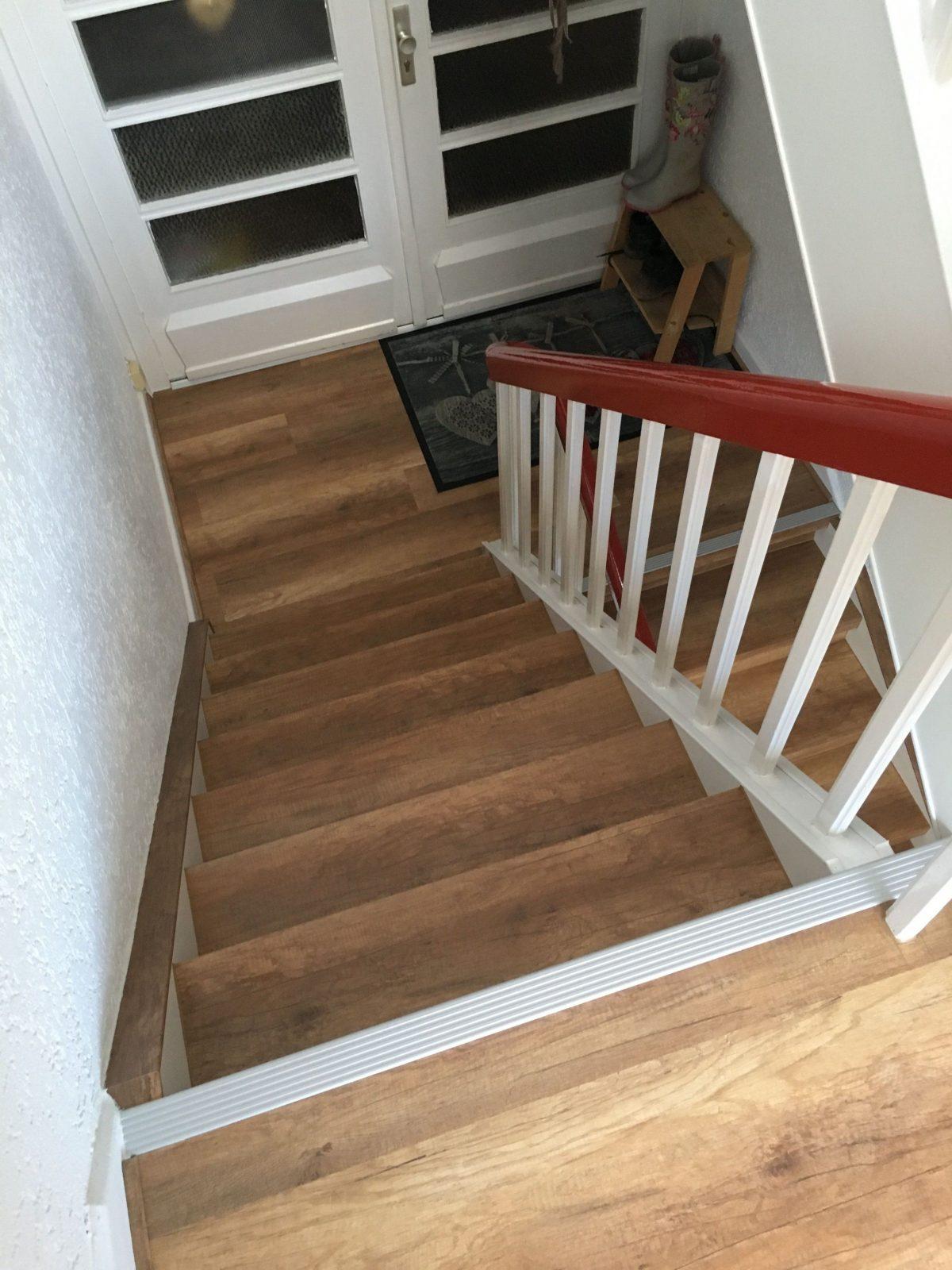 Treppen Renovieren In Gewerblichen Öffentlichen Oder Mietsobjekten von Alte Holztreppe Neu Gestalten Bild